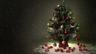 Christmas tree in high quality image