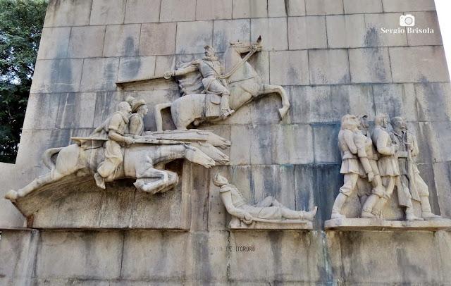 Close-up da Escultura Batalha de Itororó - Praça Princesa Isabel - São Paulo