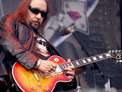 Ace Frehley at Guitar Center Hollywood — Video | Creative