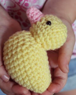 http://thelittleyellowduckproject.org/wp-content/uploads/2014/04/Just-Duckie-Lovey-Pattern-Crochet.pdf
