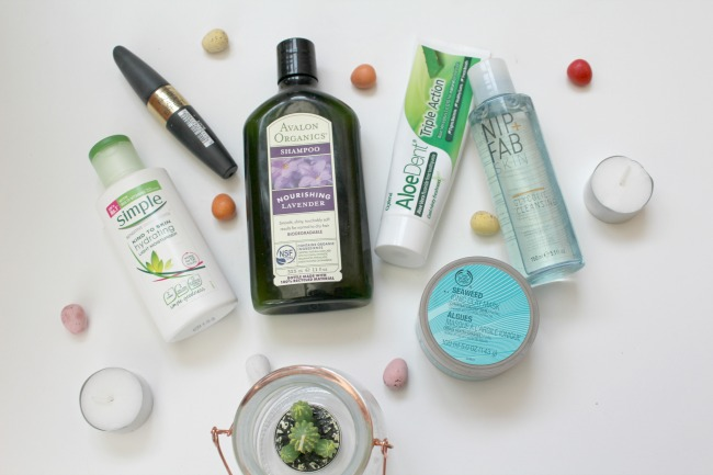 March beauty and lifestyle favourites from http://nourishmeclean.blogspot.com