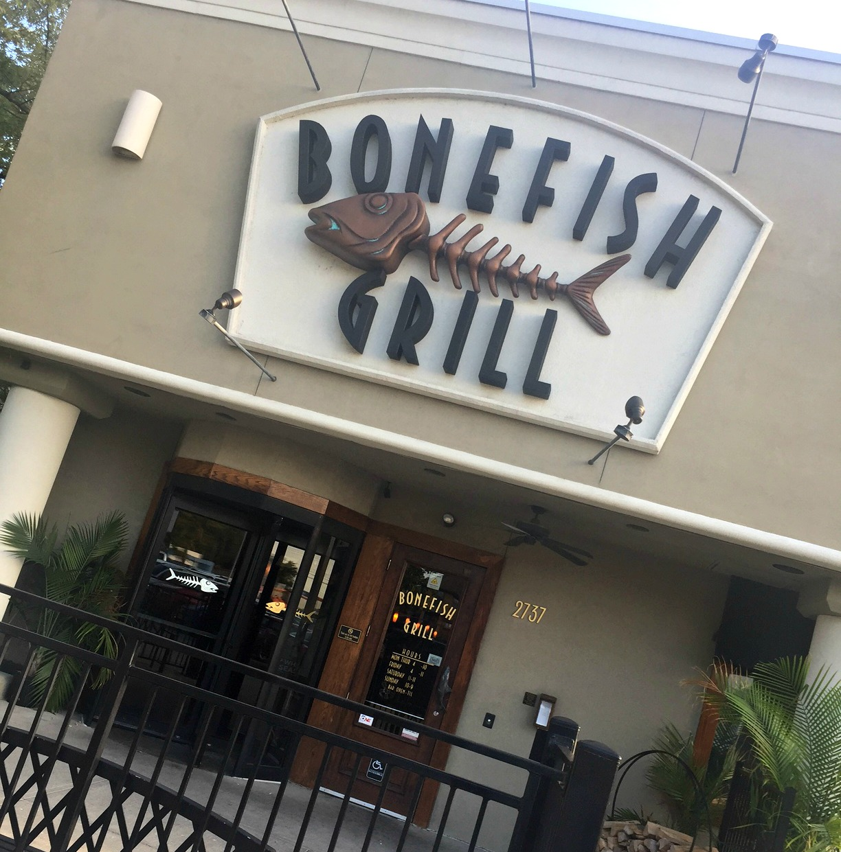 Food hussy giveaway bonefish grill dinner for two the for Bone fish grill locations