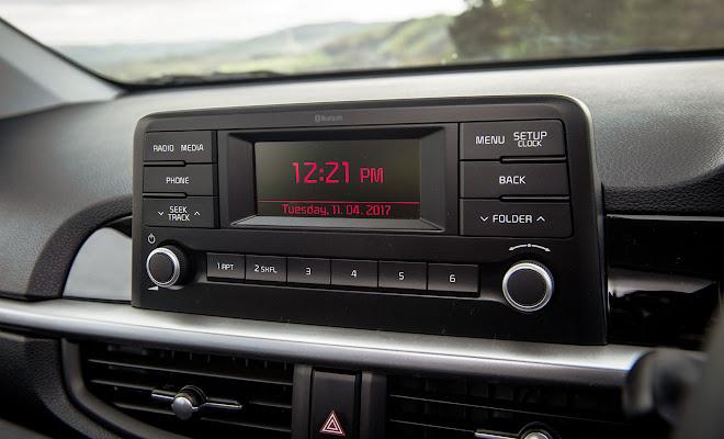 Kia Picanto standard centre console screen