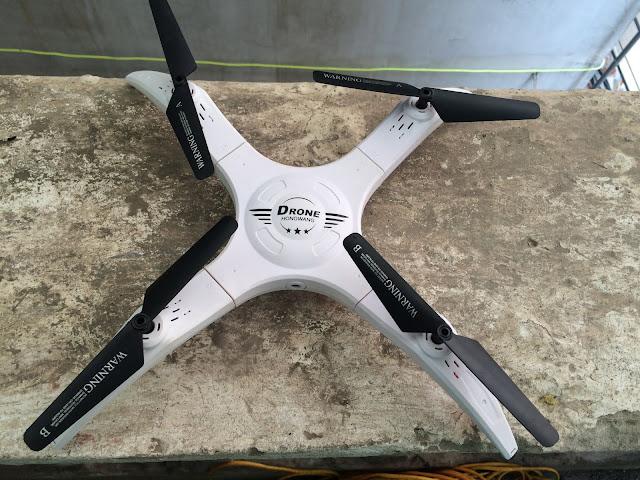 Máy bay điều khiển từ xa 4 cánh flycam_1