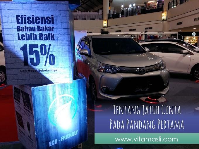 Jatuh Cinta Pandang Pertama Pada Toyota Veloz