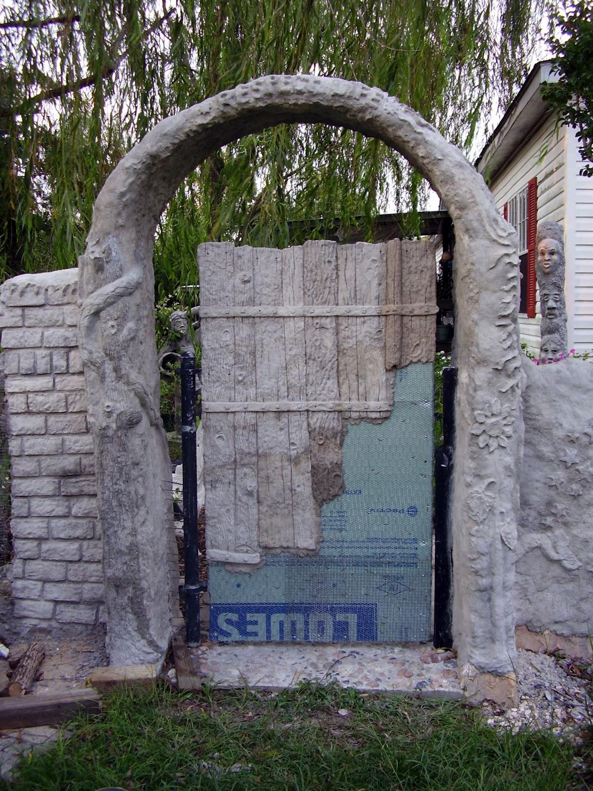 Low Rent Renaissance Vermiculite Concrete Gate 3