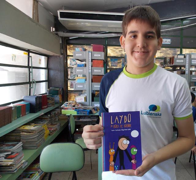 Diogo Calife, jovem escritor com autismo, autografa seu primeiro livro nesta sexta na Fenagreste