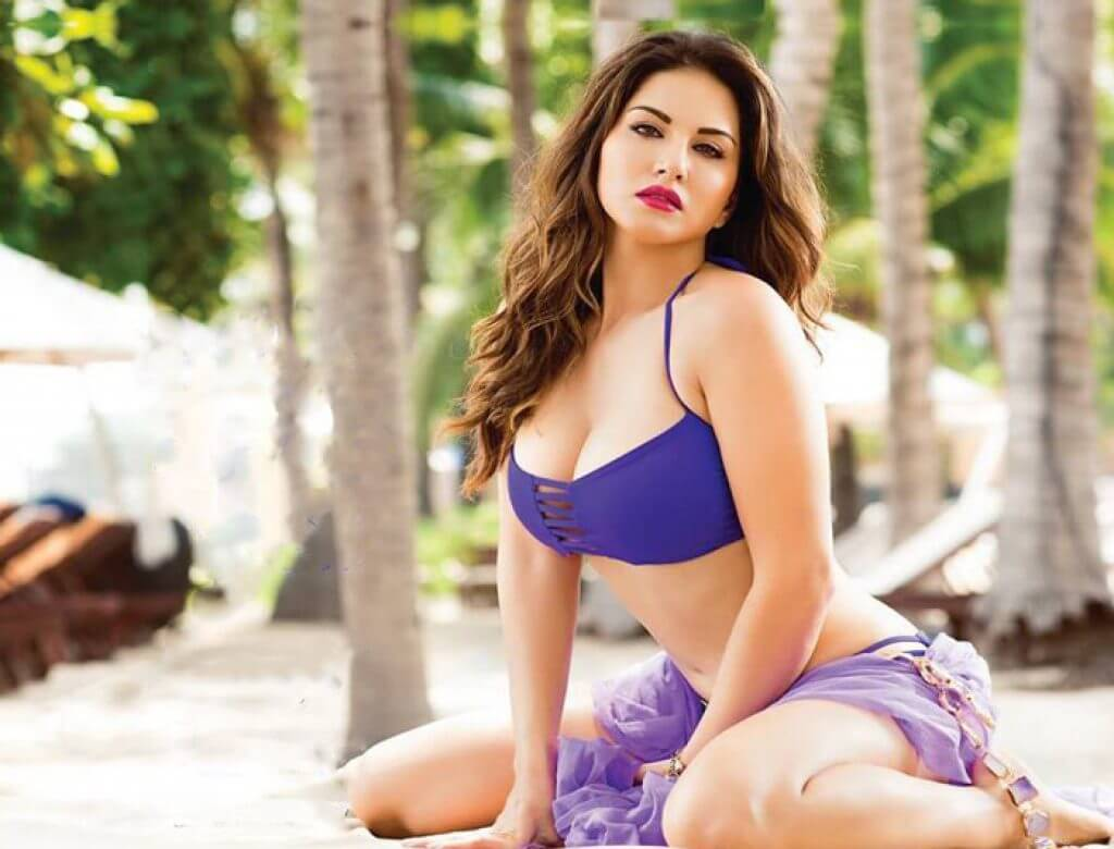 Bollywood actress hot photos sexy bikini pics