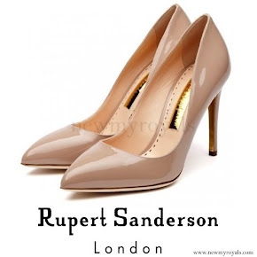 Kate Middleton wore RUPERT SANDERSON Malory Pumps