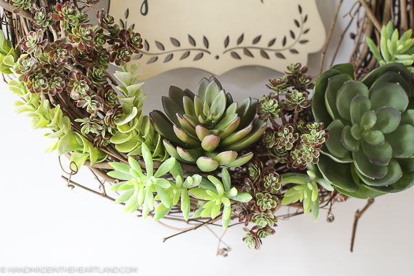 beautiful faux succulents look real!