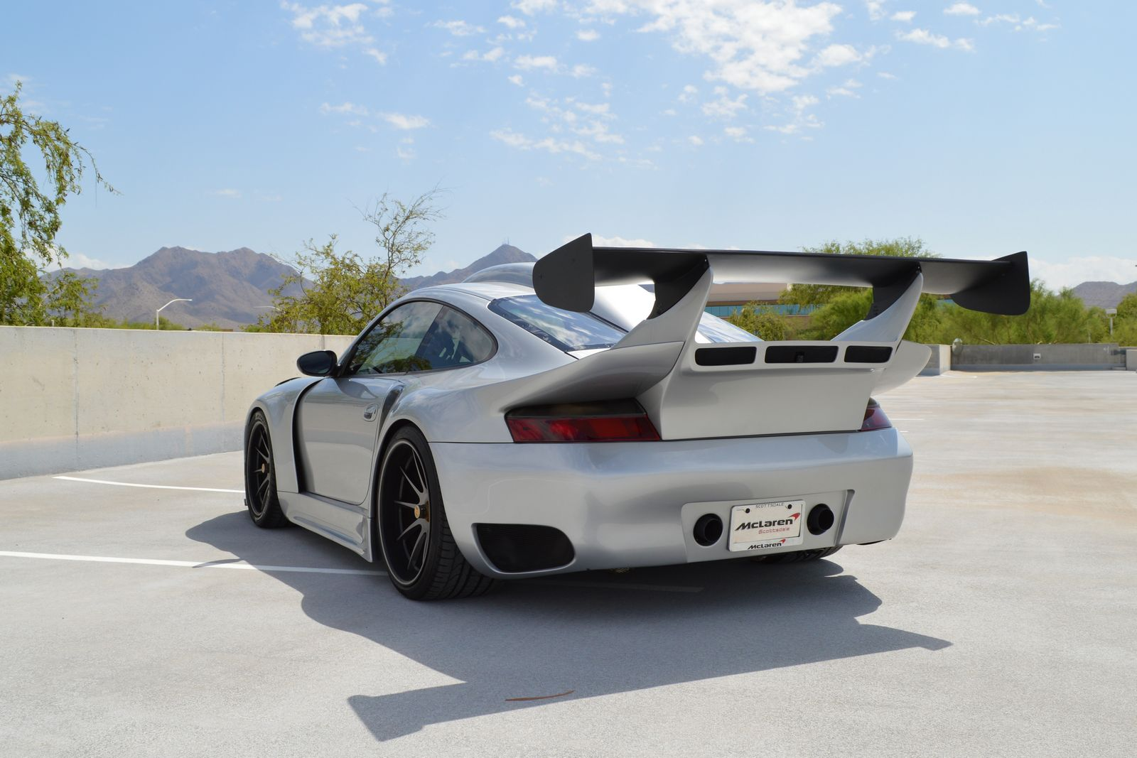 1 000 hp porsche 911 gt2 is as insane as it gets. Black Bedroom Furniture Sets. Home Design Ideas