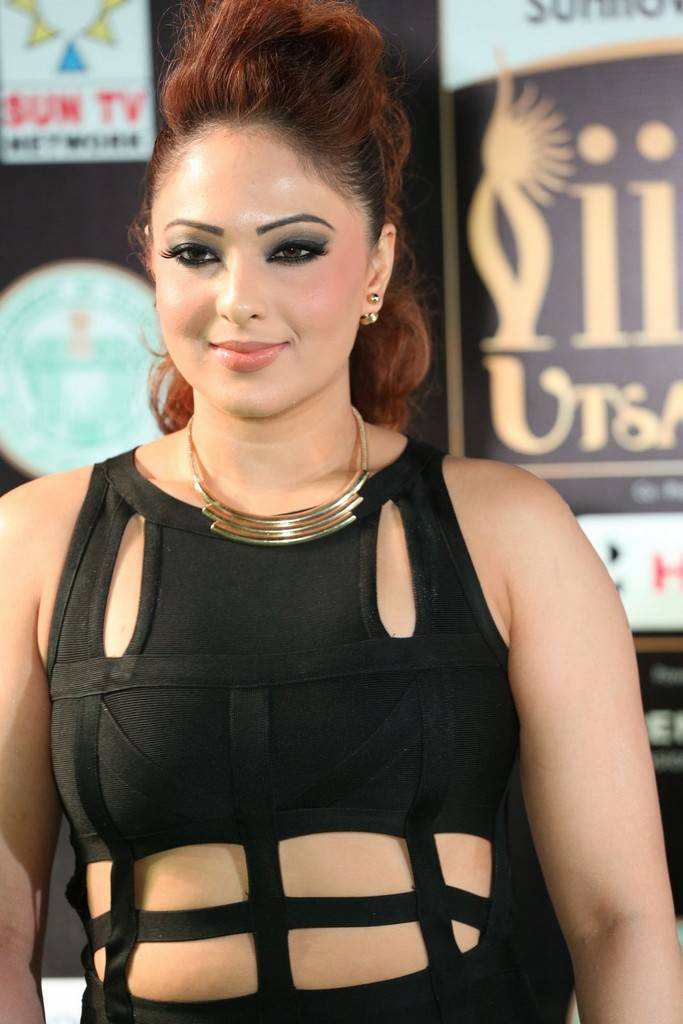 Tollywood Actress Nikesha Patel At IIFA Awards 2017 In Black Dress