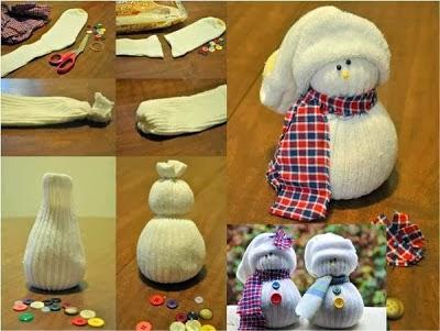DIY  Come fare un pupazzo di neve con un calzino - How to create ... 7d2a39c4bbc8