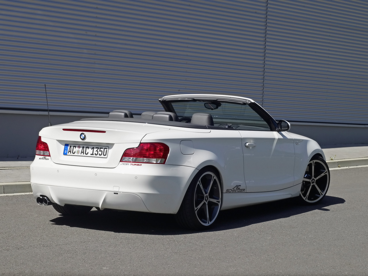 2013 bmw 1 series m convertible exclusive news. Black Bedroom Furniture Sets. Home Design Ideas