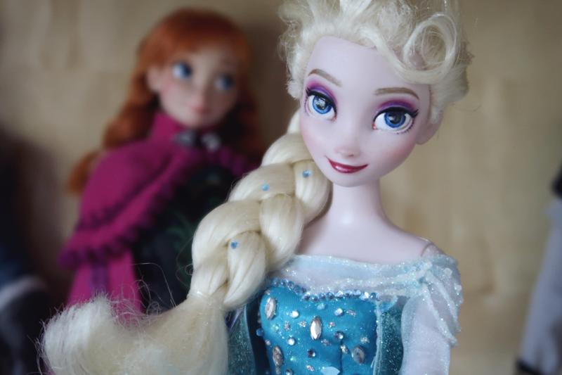 Disney Frozen doll customization face ups - Elsa