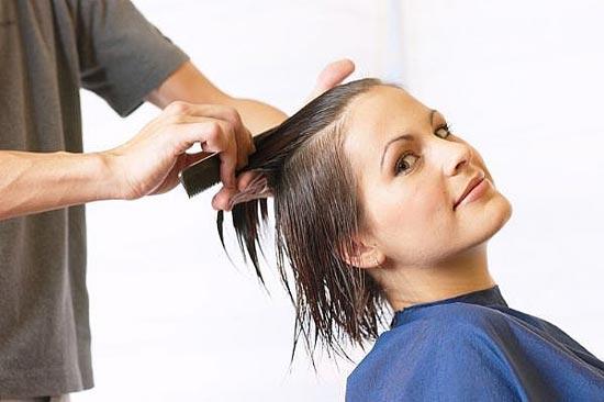 Fase lunar para el corte de pelo