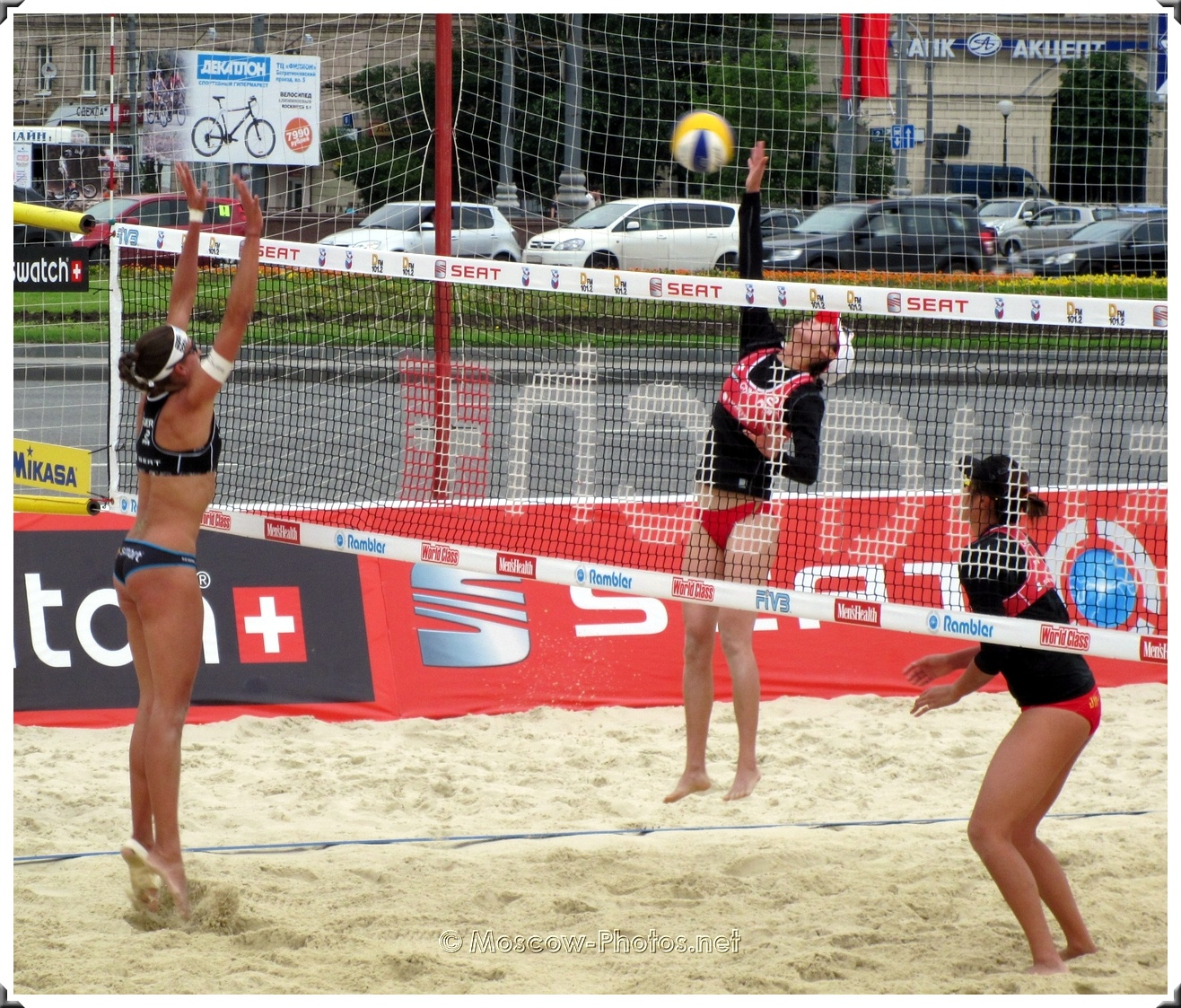 BEACH VOLLEYBALL DIRECT ATTACK