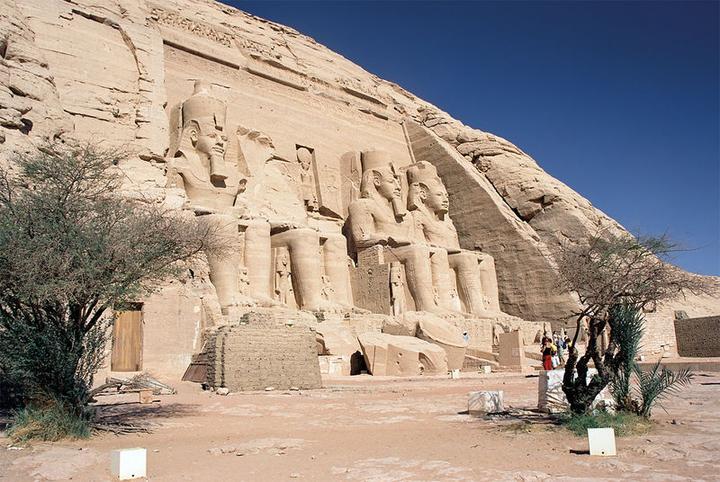 Los templos y los palacios egipcios egipto a tus pies for Arquitectura egipcia