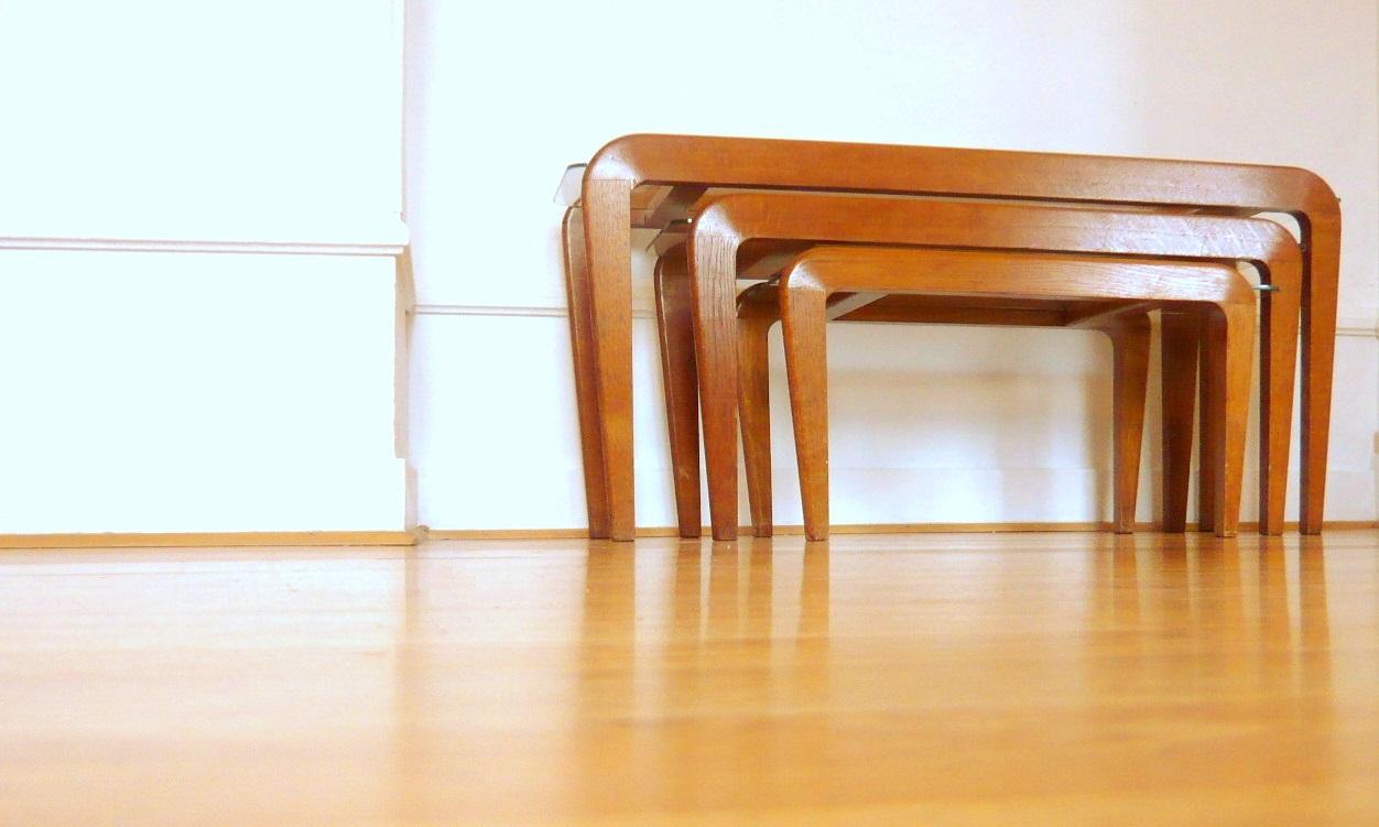 art utile gustave gautier tables gigognes. Black Bedroom Furniture Sets. Home Design Ideas
