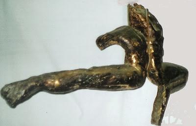 http://2.bp.blogspot.com/-k7IytRTT7fM/U9EypHm6pGI/AAAAAAAAAOI/XgSNbDudHYE/s1600/Escultura+Pilar.jpg