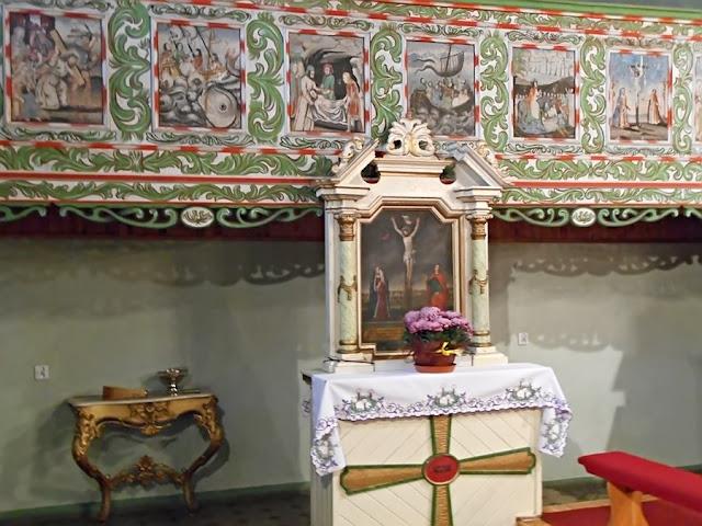 krzyż, malowidła ścienne, kościół, Pogorzeliska