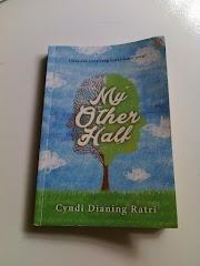 """Bahas singkat novel """"My Other Half"""" karya Cyndi Dianing Ratri"""