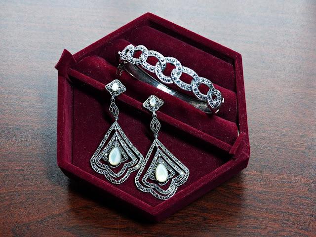 bangle and earrings set
