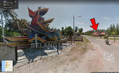 Kedai Dekat Dengan Monumen Sampan Tsunami (Anak Panah)
