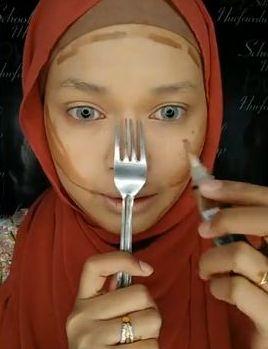 Siti Nurfarahain Zakaria (siakapkeli)