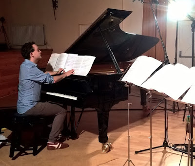 Pianist William Vann at the recording sessions