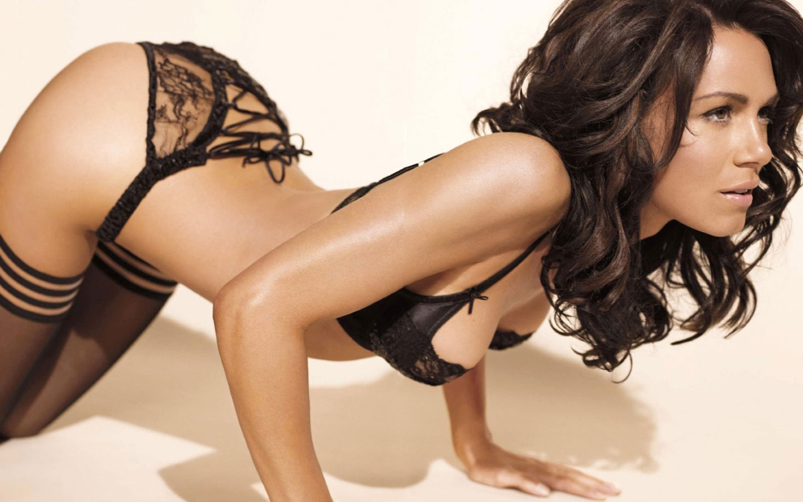 HD Wallpapers of Hot Girls | HD Wallpapers