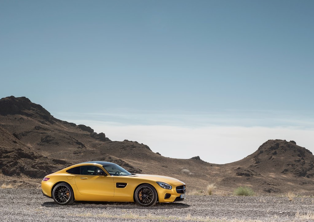 2016 Mercedes-Benz AMG GT S yellow