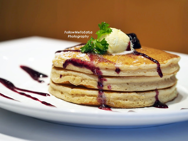 Blueberry Pancake 2 pcs RM 16.60 3 pcs RM 19.90