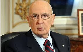 Terra dei Fuochi, Napolitano a Don Patriciello: l'impegno dello Stato sarà costante