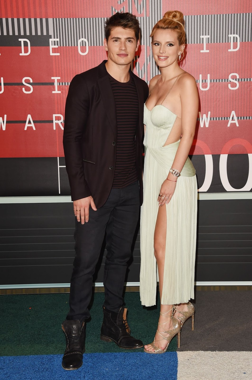 Actress Bella Thorne and actor Gregg Sulkin attend the 2015 MTV Video Music Awards at Microsoft Theater on August 30, 2015 in Los Angeles