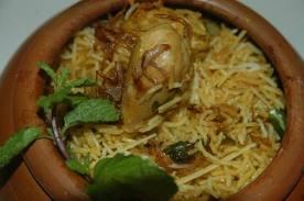 http://www.indianlazizkhana.com/2016/06/hyderabadi-chicken-biryani-recipes-in.html