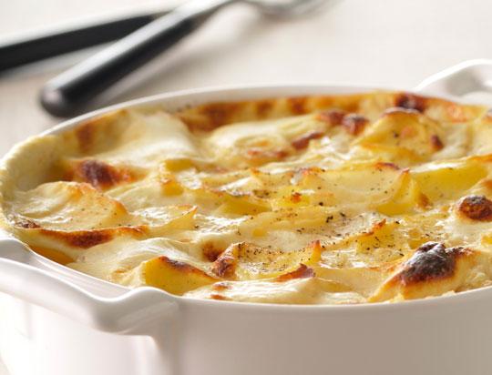 http://www.femmeactuelle.fr/cuisine/cuisine-des-chefs/vraie-recette-du-gratin-dauphinois