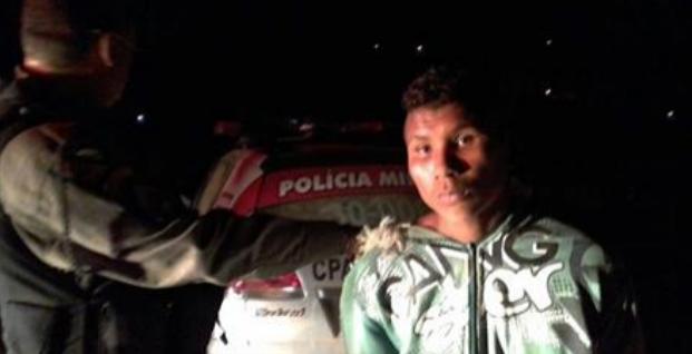 Após esfaquear o próprio pai filho ateia fogo na residência em Inhapi