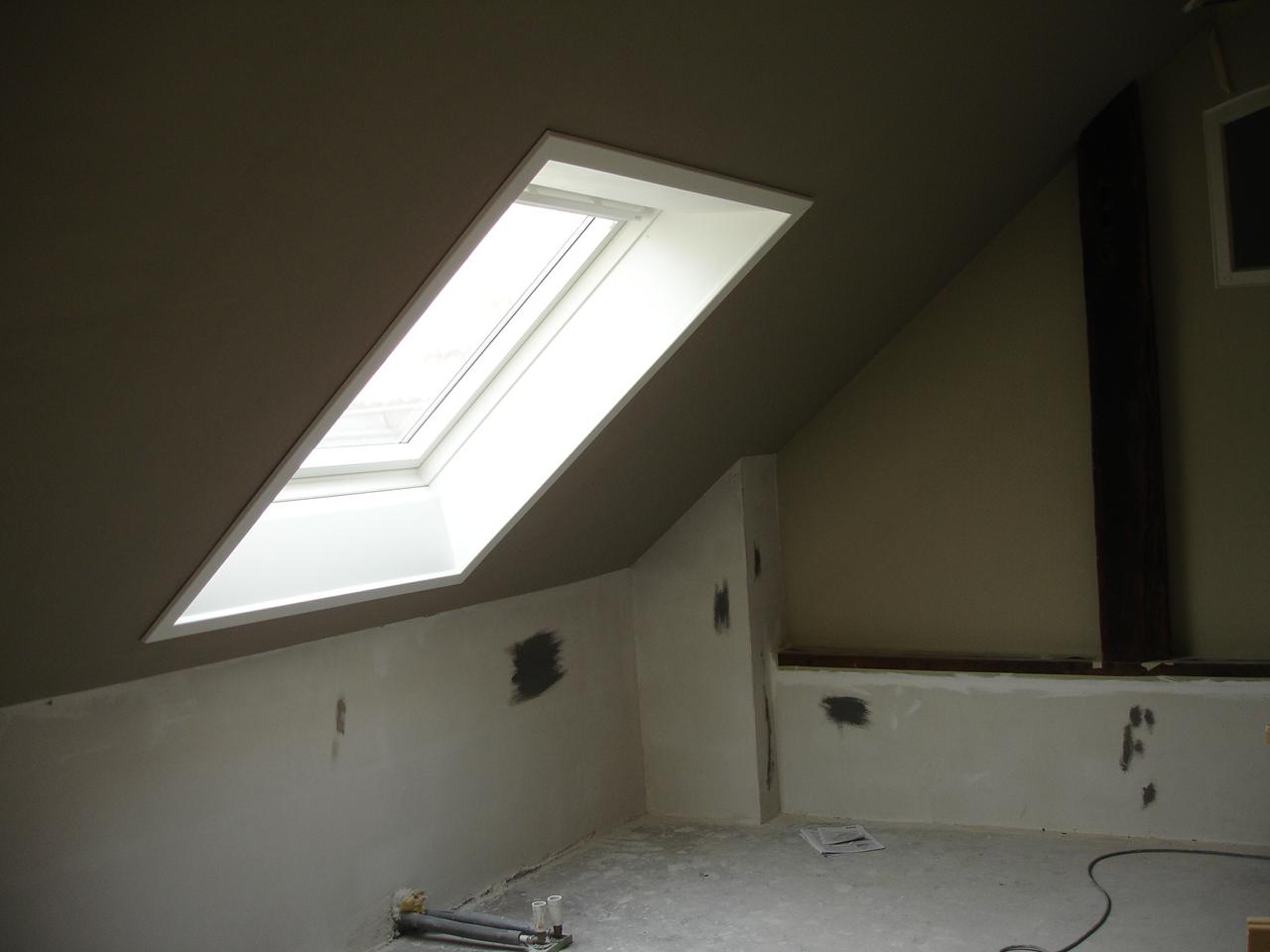 dachfenster innenfutter rigips ideen fur was wohndesign. Black Bedroom Furniture Sets. Home Design Ideas