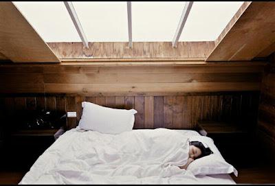Manfaat Tidur Yang Cukup Juga Bisa Menurunkan Berat Badan Anda