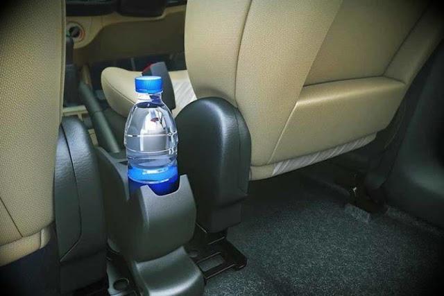هكذا يمكن لزجاجة ماء بان تتسبب بحرق سيارة.؟