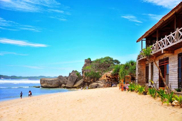 Pantai Indah di Yogyakarta yang Tidak Kalah dengan Pantai Lainnya