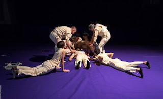 """""""Βάκχες"""" του Ευριπίδη, σε σκηνοθεσία Έκτορα Λυγίζου, από το Θεσσαλικό Θέατρο"""