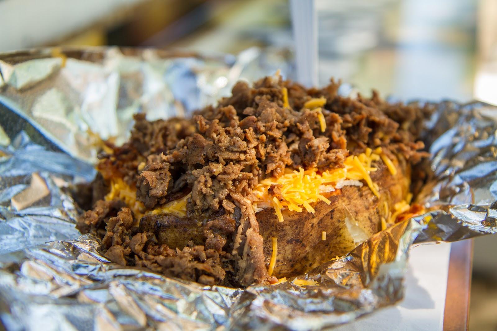Local Food Rocks: Spuds Your Way Steak Supreme