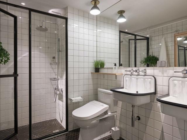 reforma piso pequeño transformado en loft, baño