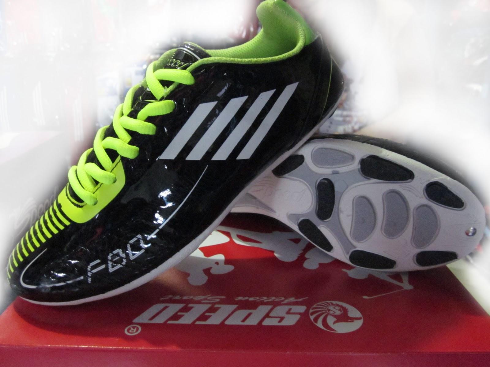Model Sepatu Futsal Terbaru