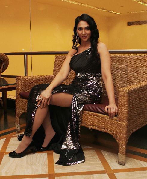 Kalpana pandit sexy stills