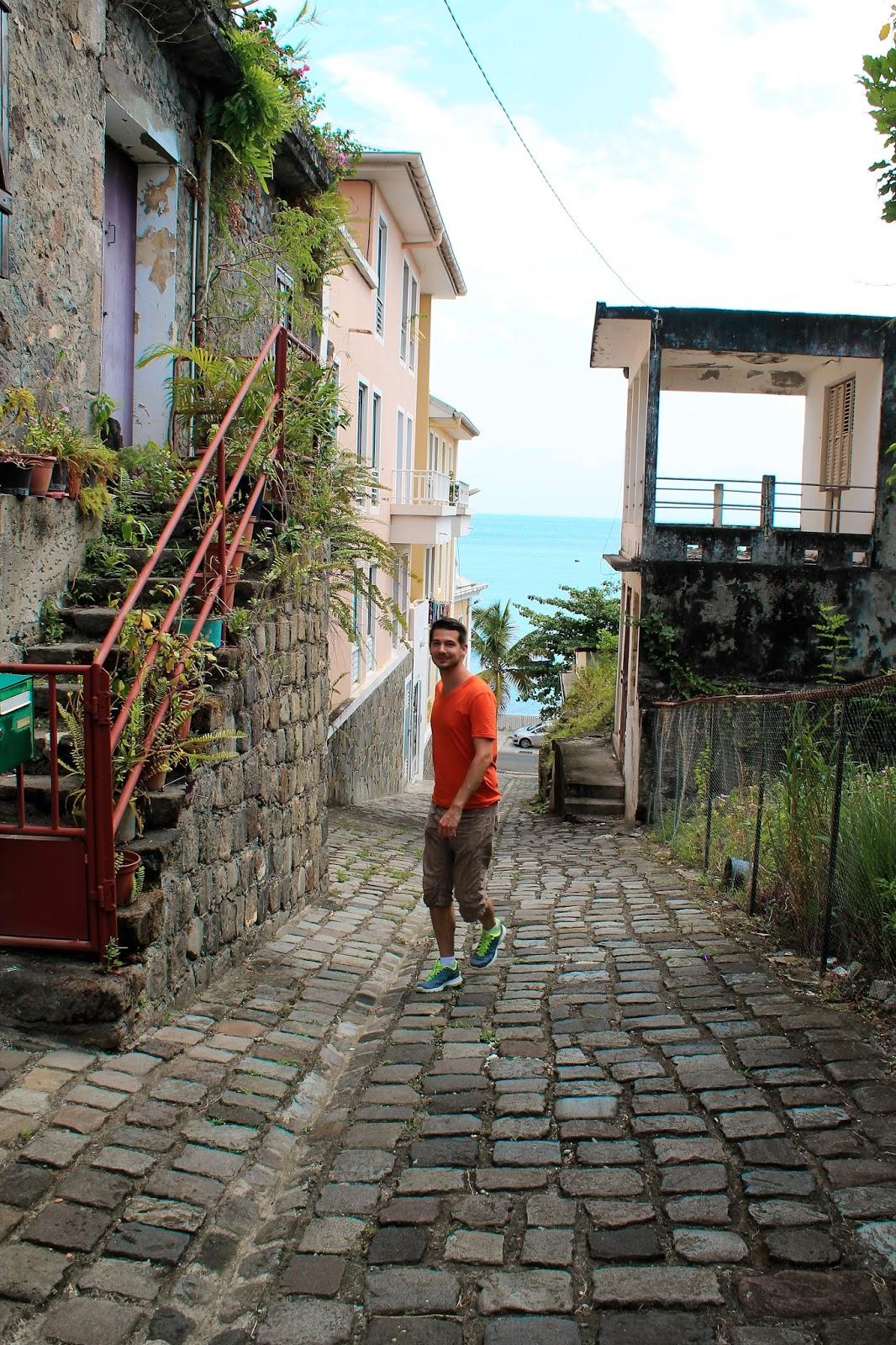 martinique caraibes vacances île dom tom visite saint-pierre rue ruelle pavé