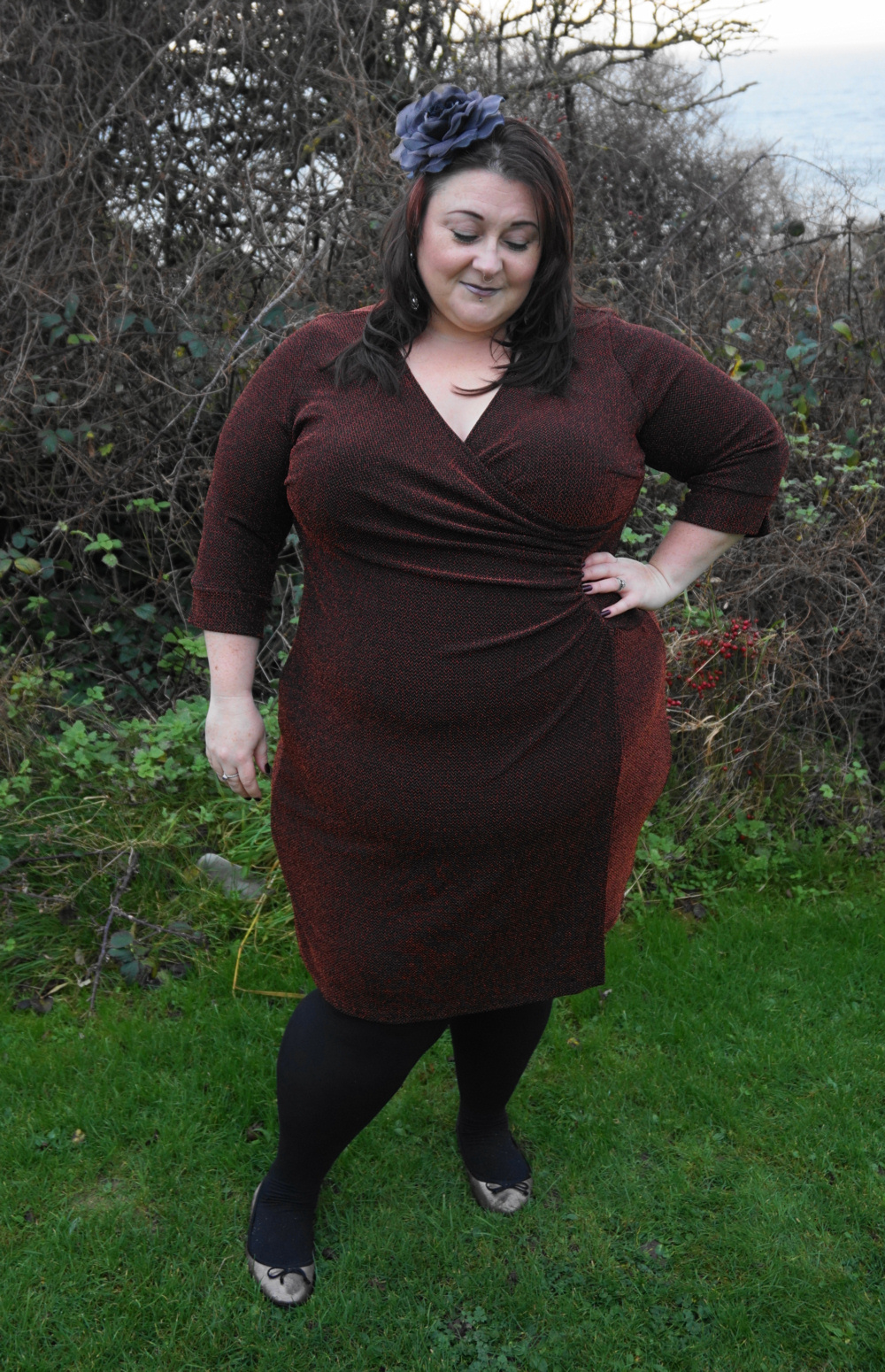 JD Williams Lorraine Kelly plus size glitter side ruched dress Christmas party Christmas meal Christmas day dress