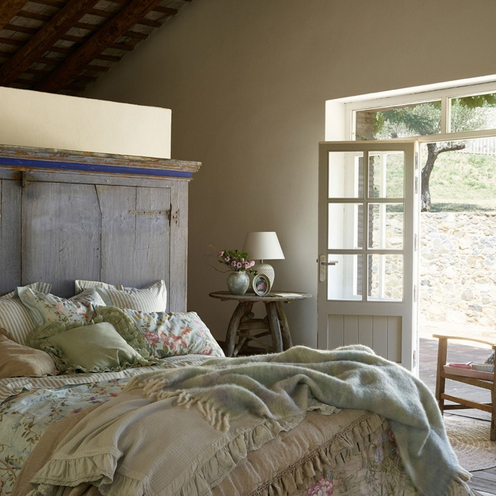 French country style bedroom- design addict mom